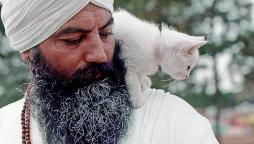 Que faire des accusations contre Yogi Bhajan ?